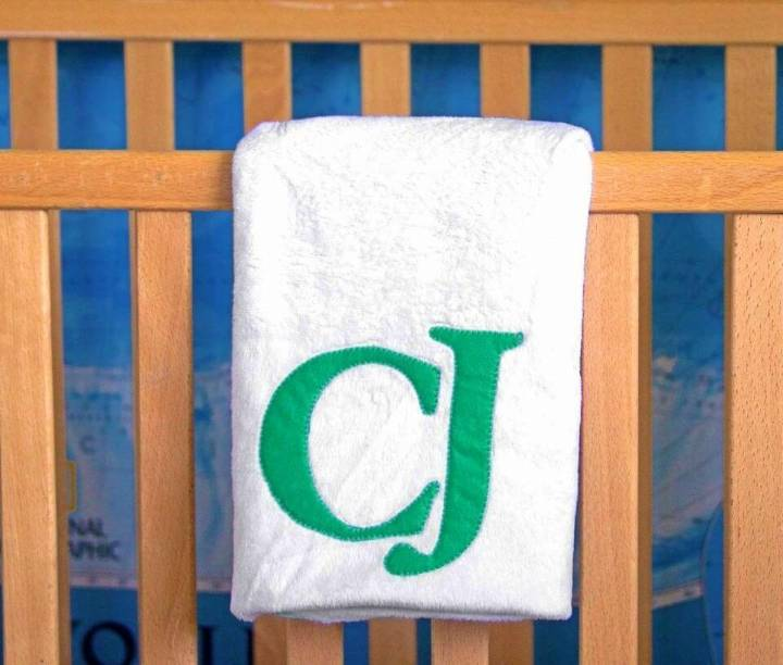 How to DIY Baby Blanket