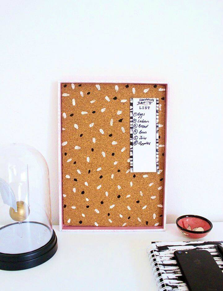 Upcycle an Old Tray to DIY a Pin Board