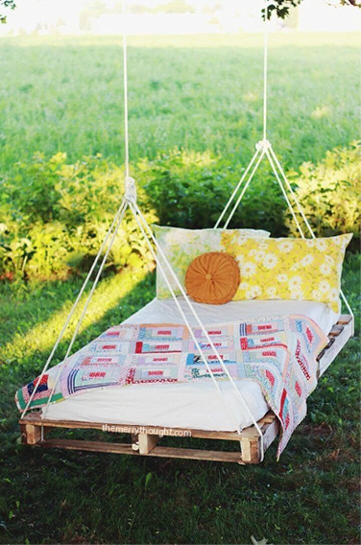 DIY Pallet Swing Bed for Your Patio