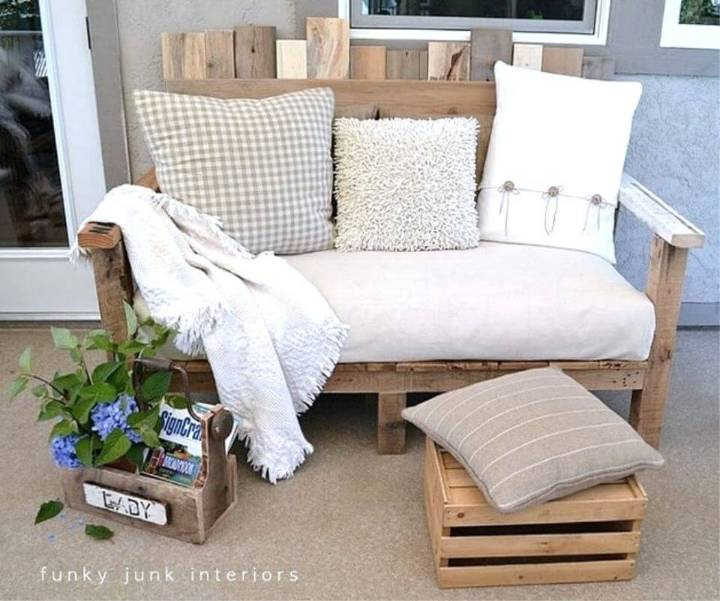 How to Build Pallet Wood Sofa