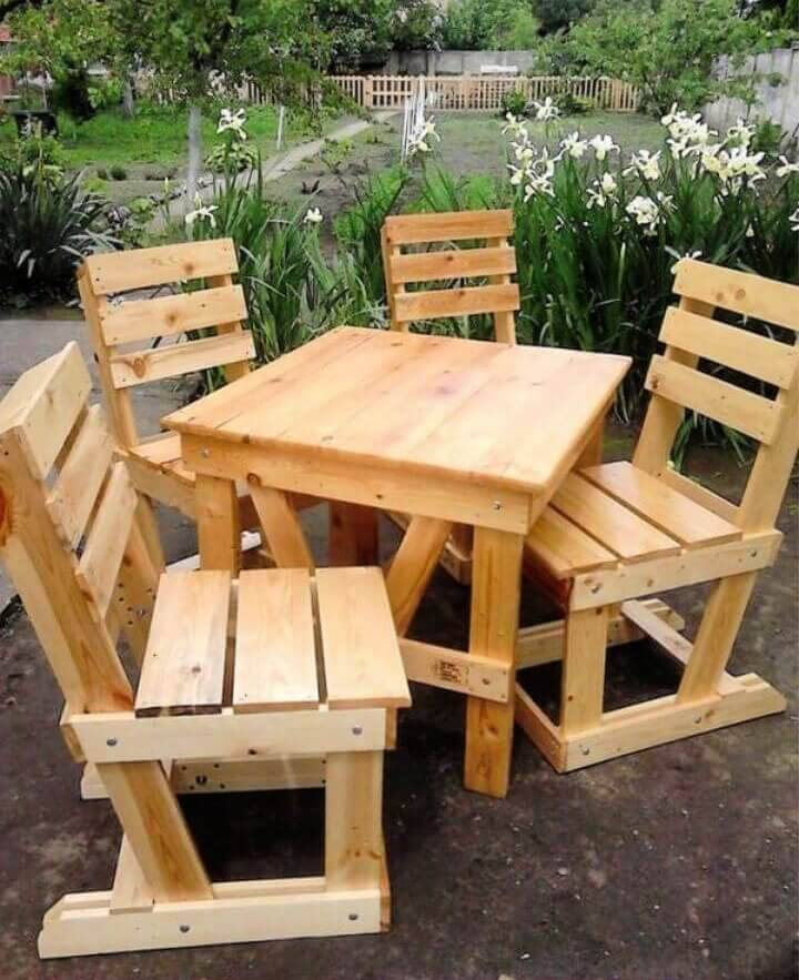 55 DIY Pallet Furniture Ideas & Plans (Original Guide Step