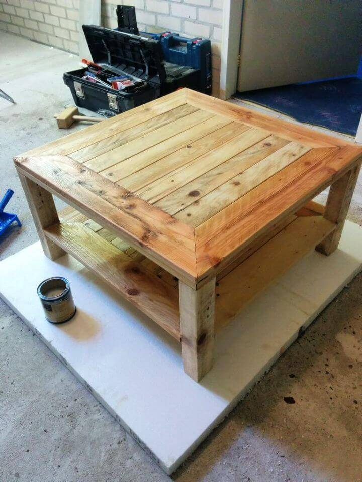 Turn Pallet into Table