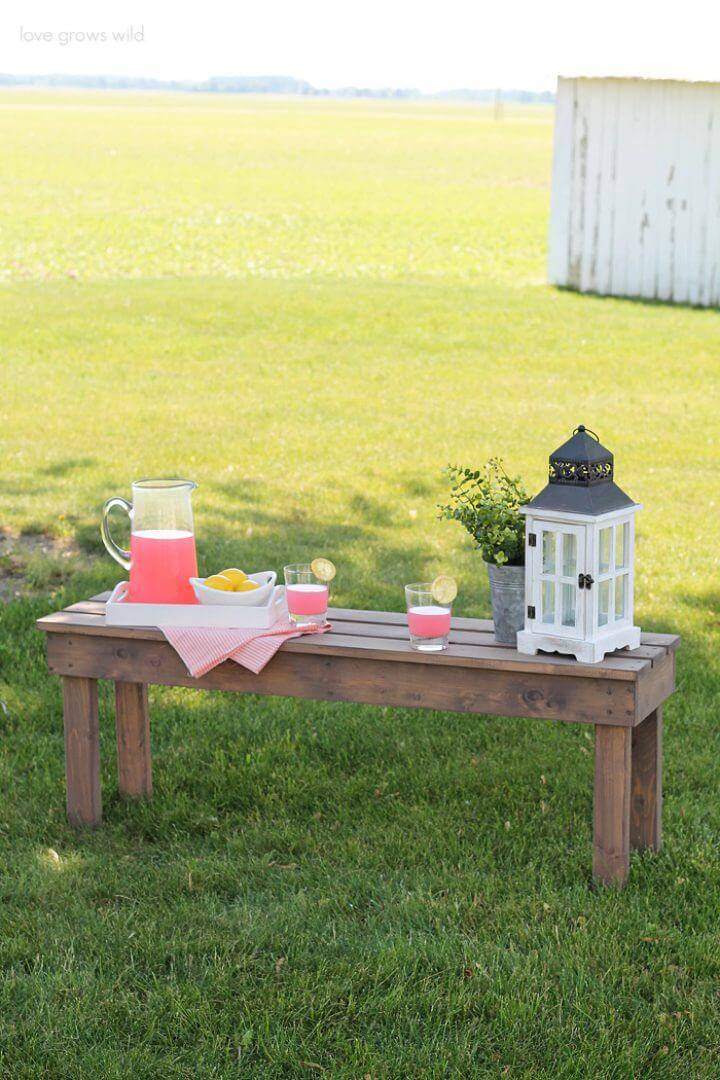 Adorable DIY Wooden Outdoor Bench