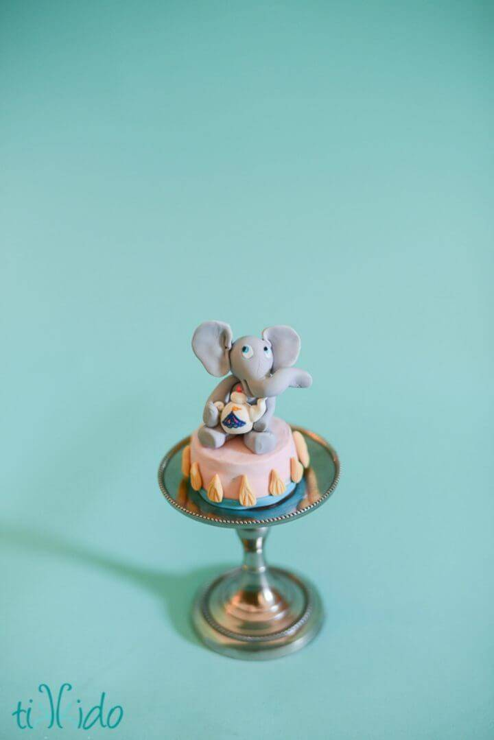 DIY Elephant Tea Party Circus Cupcake Toppers
