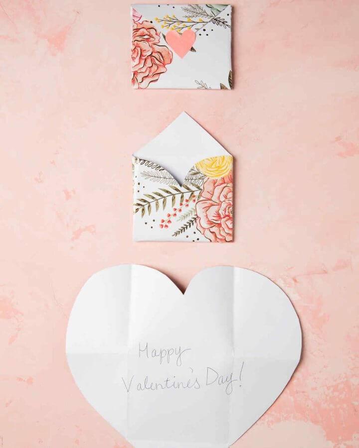 DIY Folding Envelope Hearts
