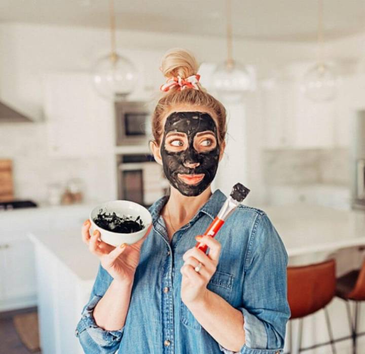 Easy DIY Charcoal Face Mask