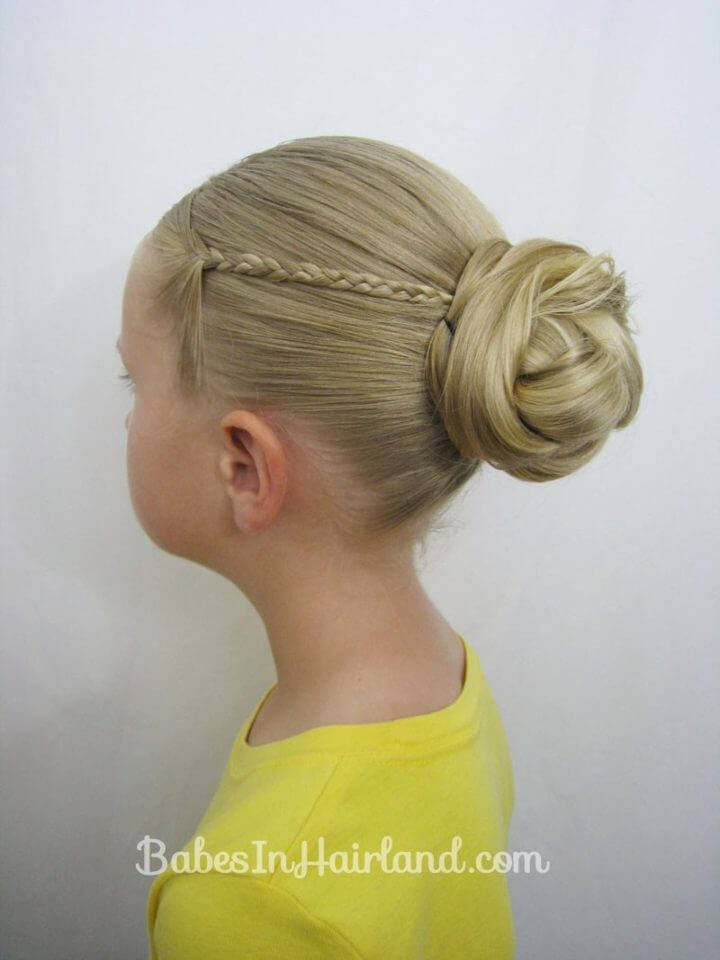 Knotted Bun and Micro Braids