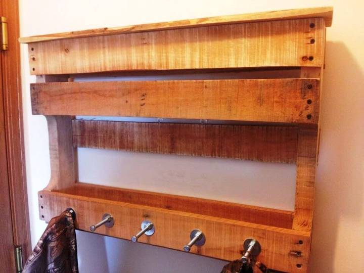 Pallet Wood Shelf with Hooks for Bathroom