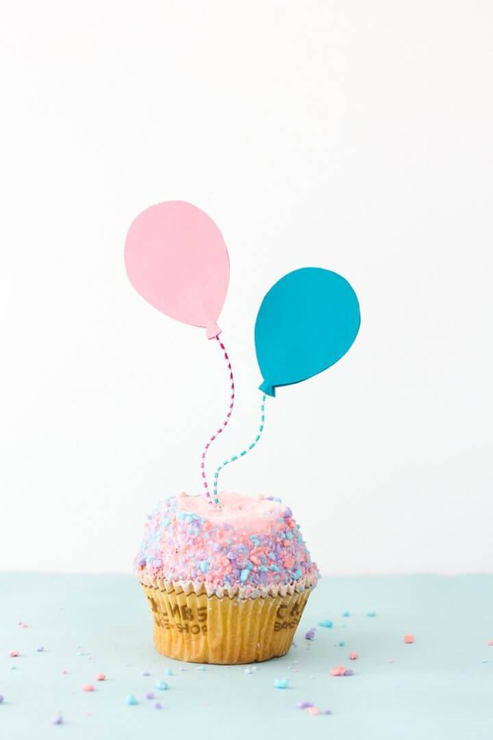Quick DIY Balloon Cupcake Toppers