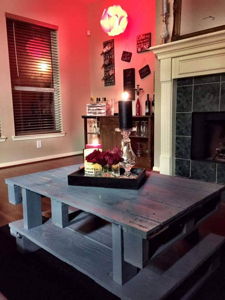 2 tiered pallet storage friendly coffee table