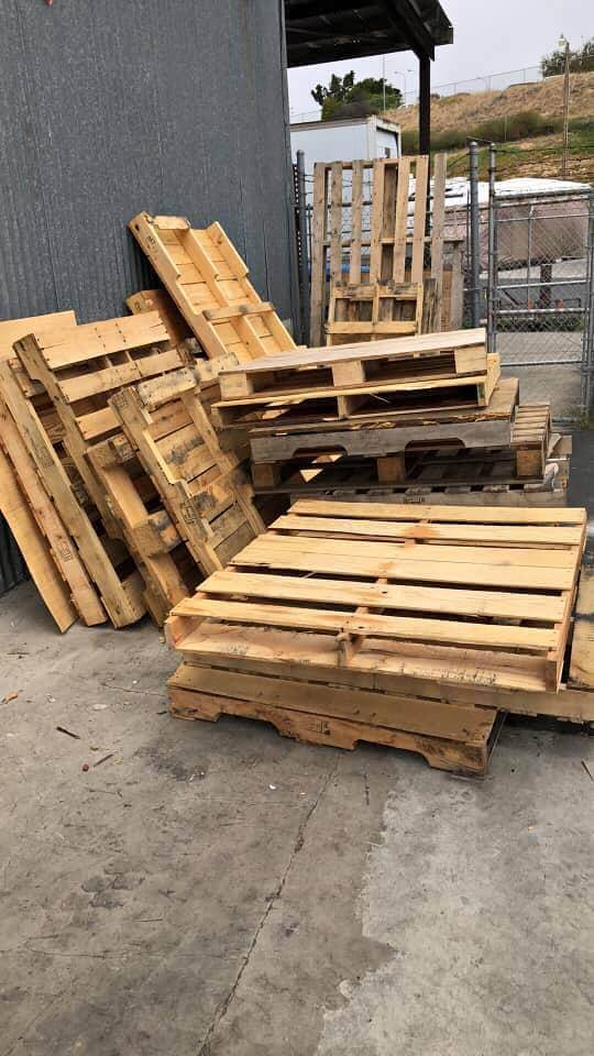 Ask for free pallets from your local shopping locations