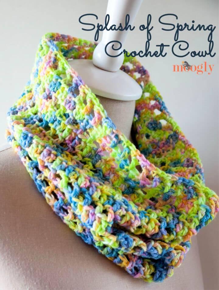 Beautiful Crochet Splash of Spring Cowl Free Pattern