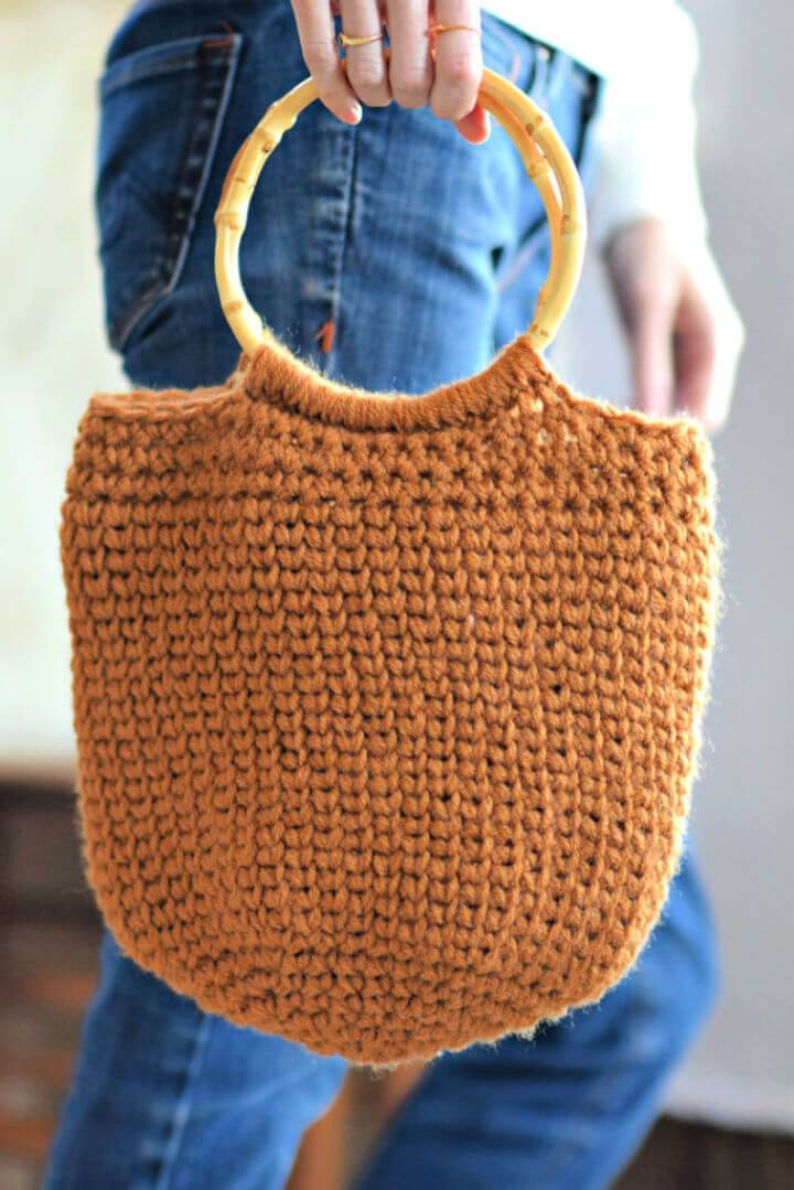 Crochet One Skein Camel Bucket Bag Free Pattern