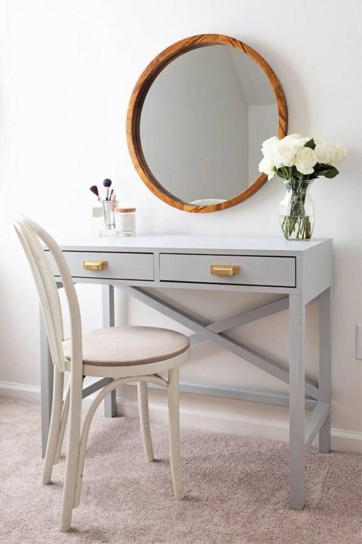 DIY Makeup Vanity 1