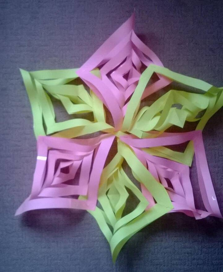 Easy DIY 3D Paper Snowflake