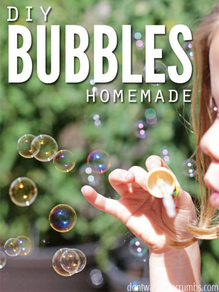 Easy DIY Homemade Bubbles