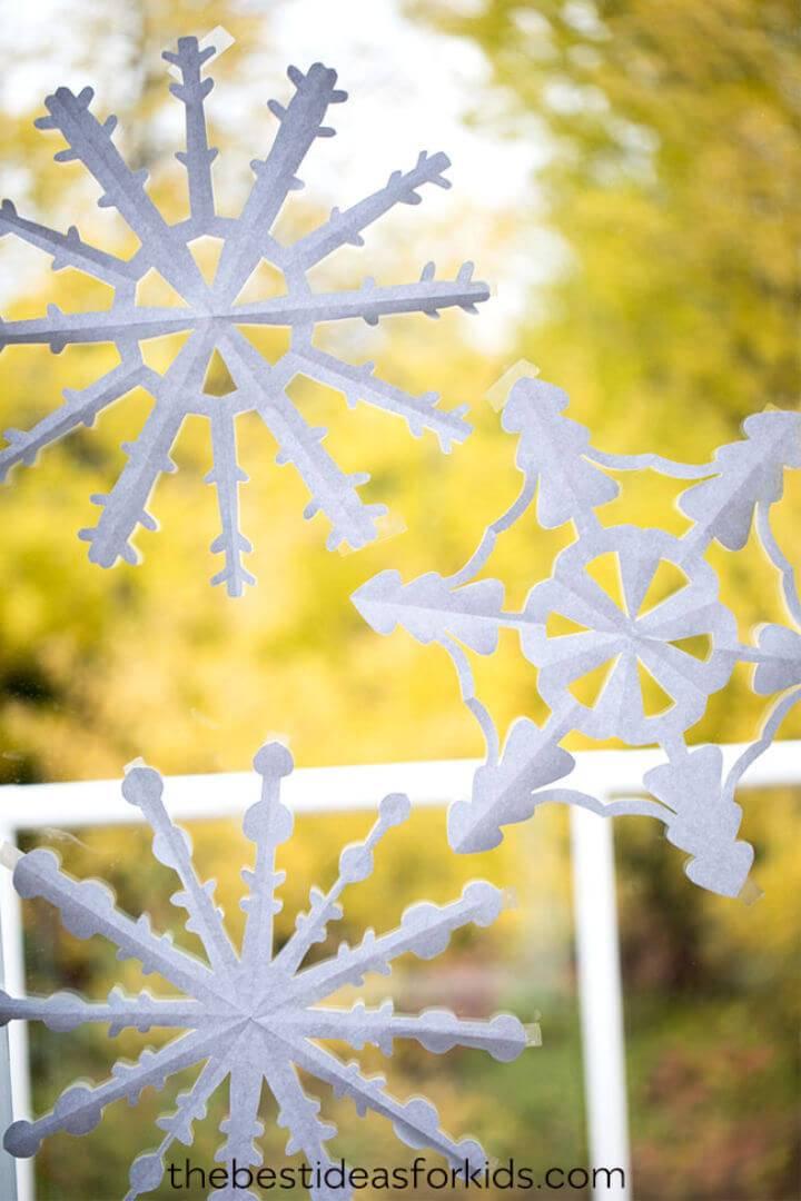Easy DIY Paper Snowflakes