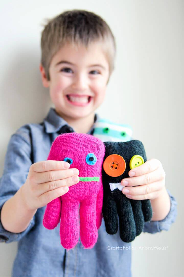 Easy to Make Glove Monsters