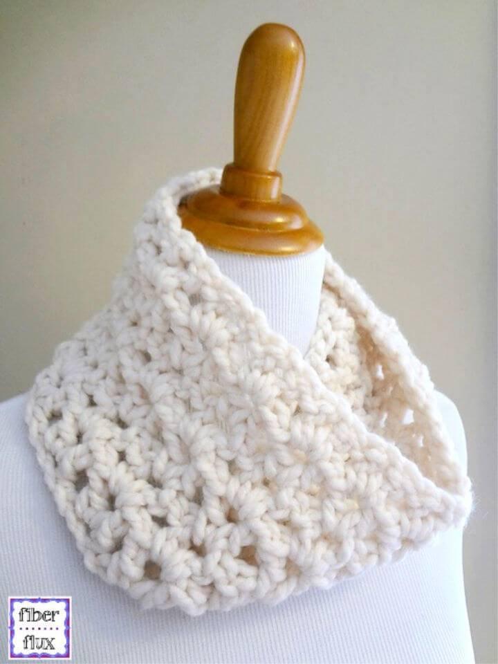 Free Crochet Meringue Cowl Pattern
