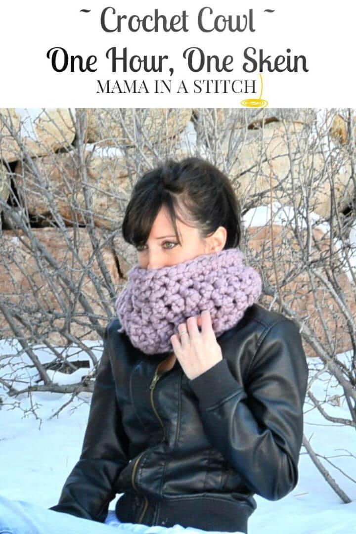 Prettiest Frosted Plum Beginner Crochet Cowl