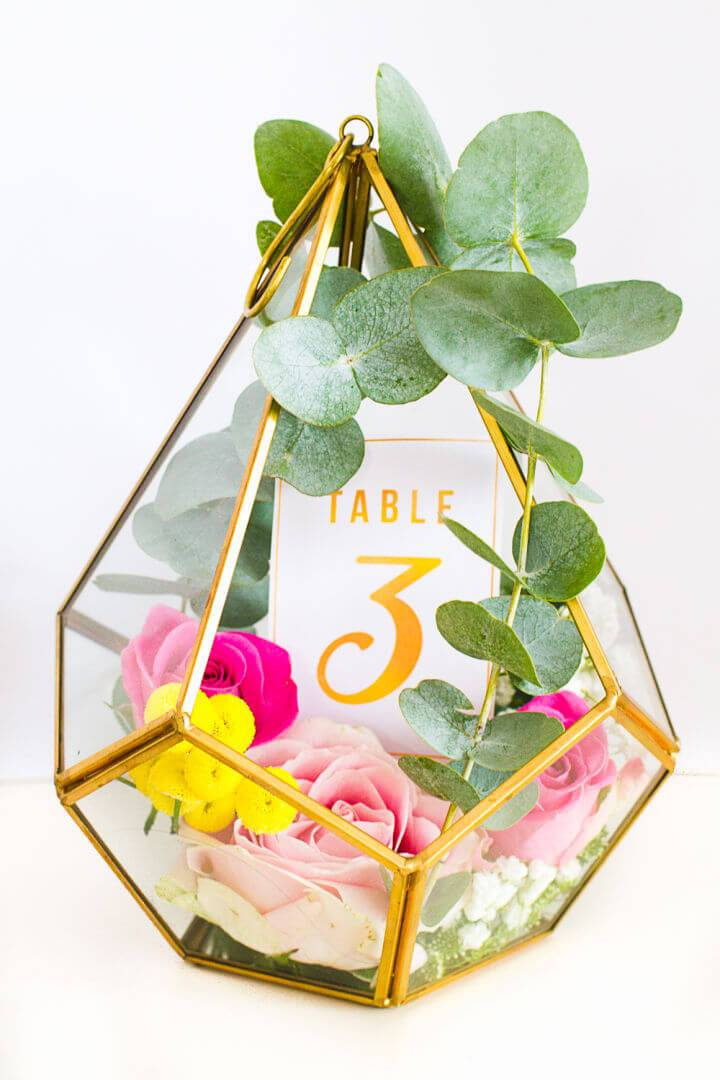 Pretty DIY Terrarium Table Number