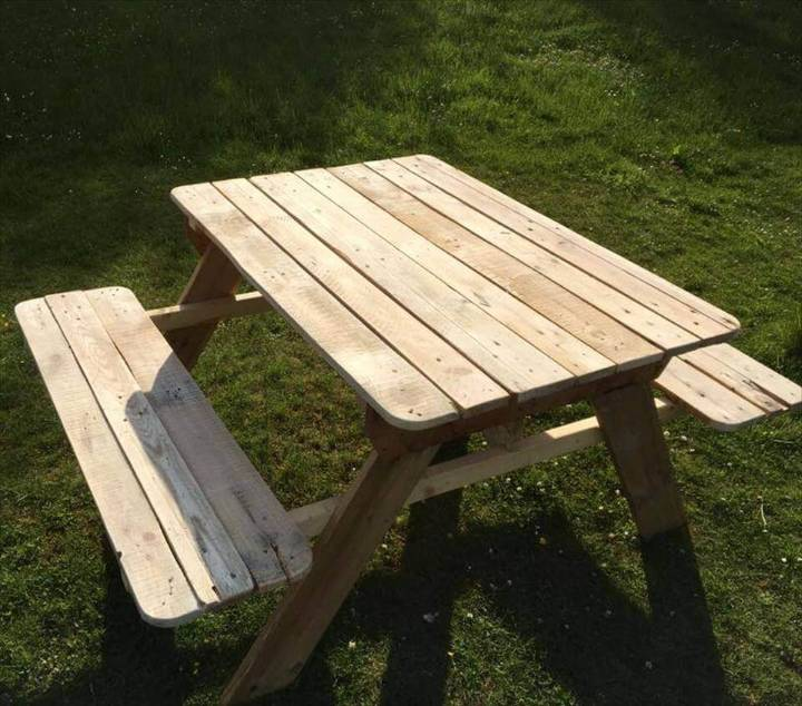 Upcycled Pallet Picnic Table for Kids