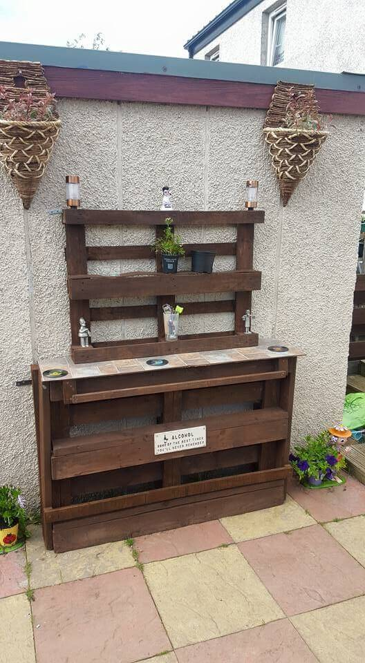 pallet accent entry table or garden potting bench
