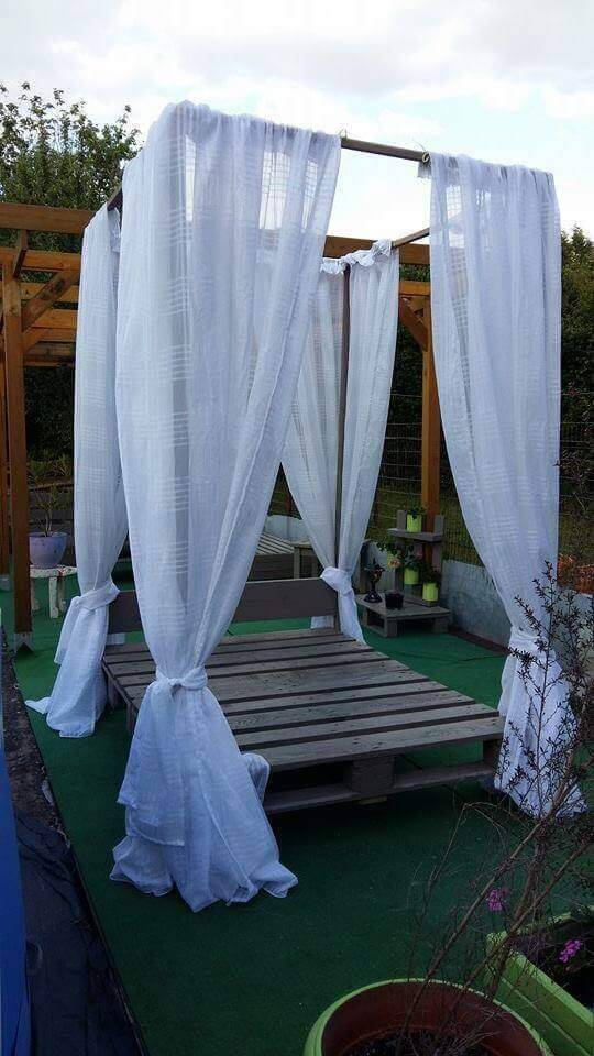pallet garden canopy bed