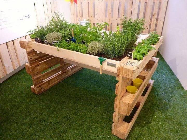 pallet table garden