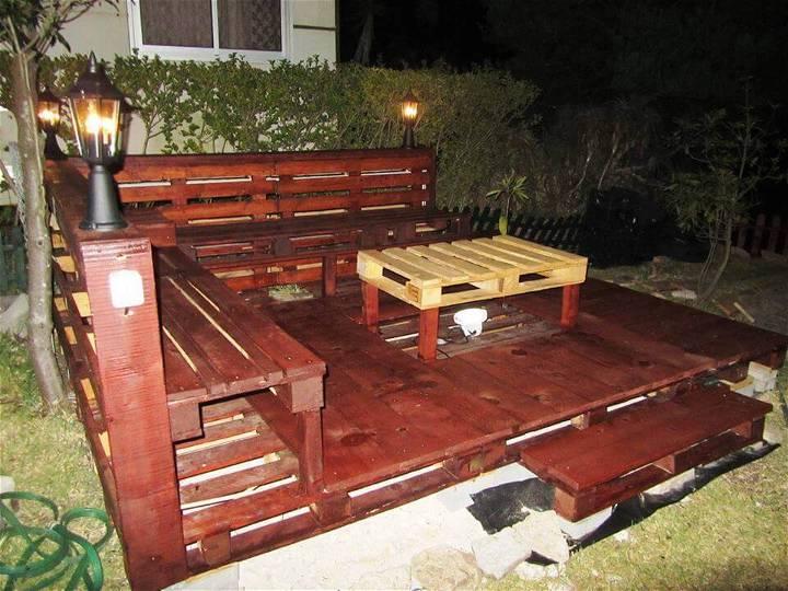 wooden pallet bachyard deck installation