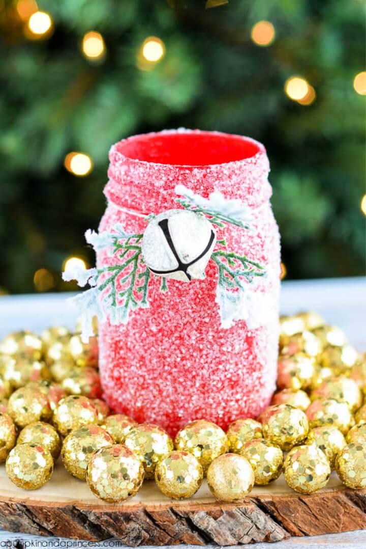 Awesome DIY Glitter Mason Jar Luminary