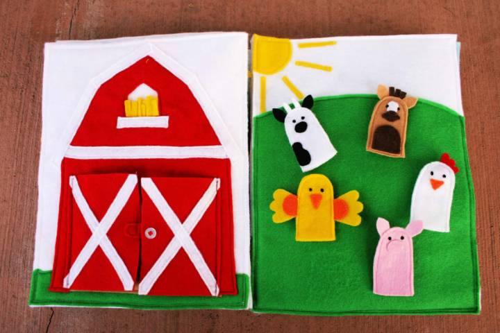Barn and Farm Animals Finger Puppets Quiet Book