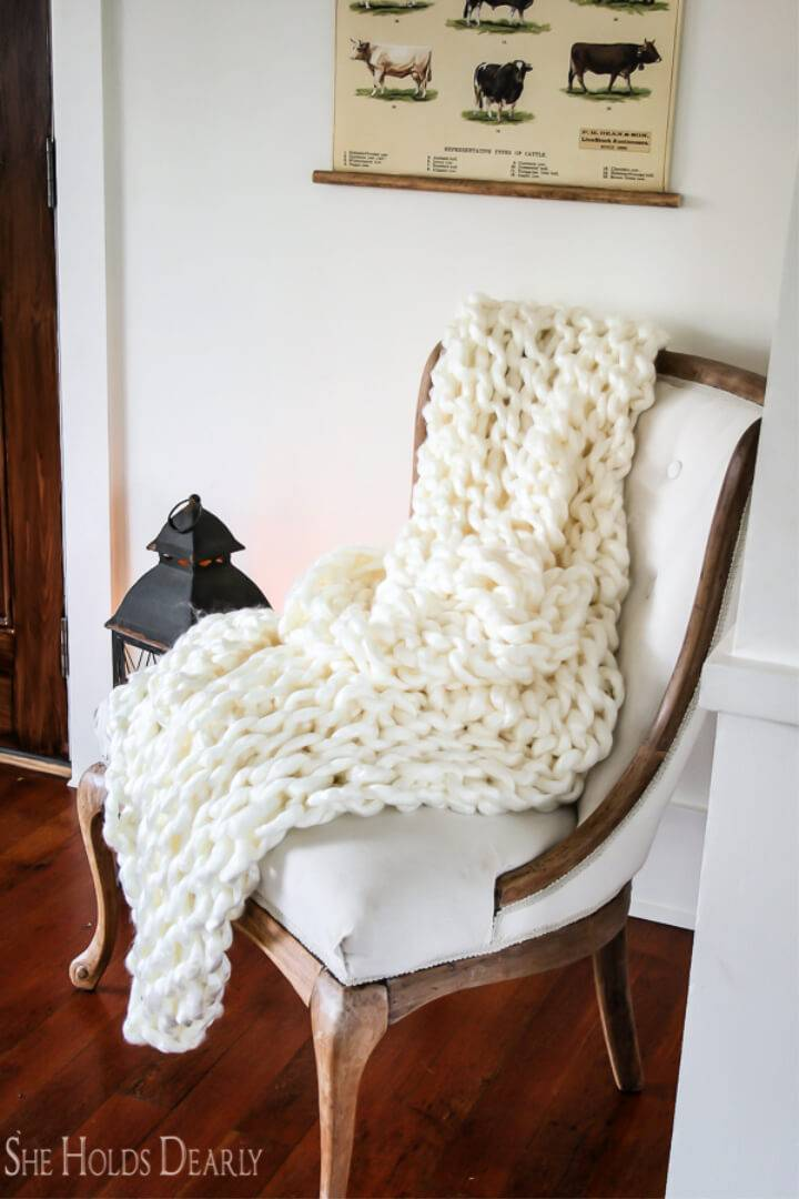 Beginner Arm Knit Blanket Tutorial