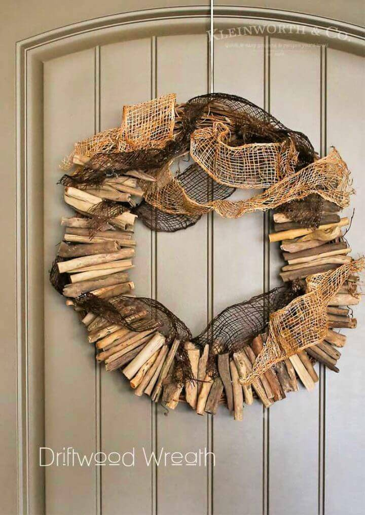 DIY 20 Minutes Driftwood Wreath