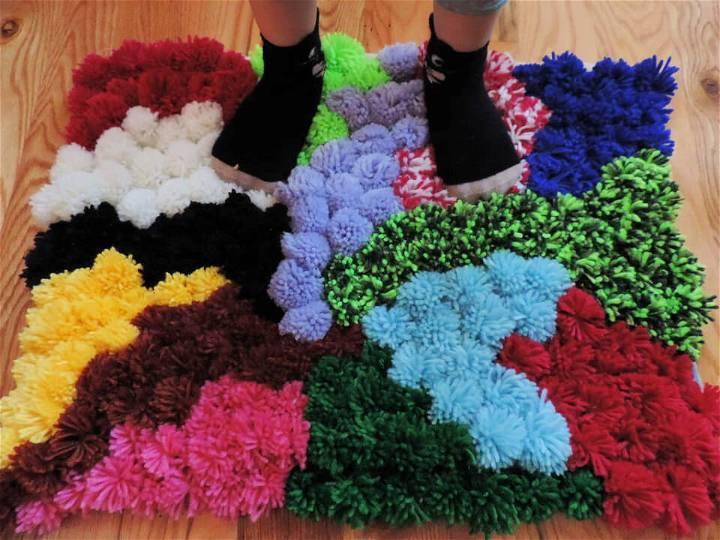 DIY Colorful Pompom Rug