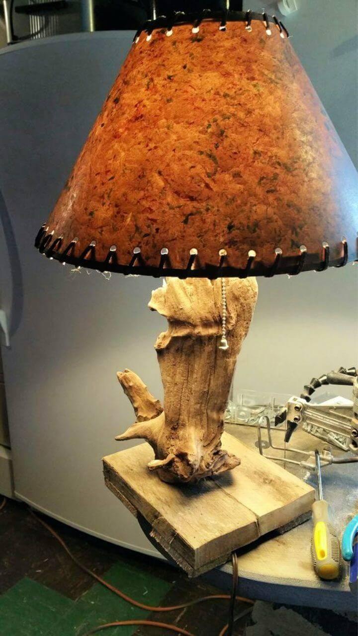 DIY Driftwood Study Lamp