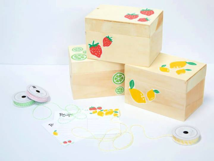 DIY Recipe Box and Printable Recipe Cards