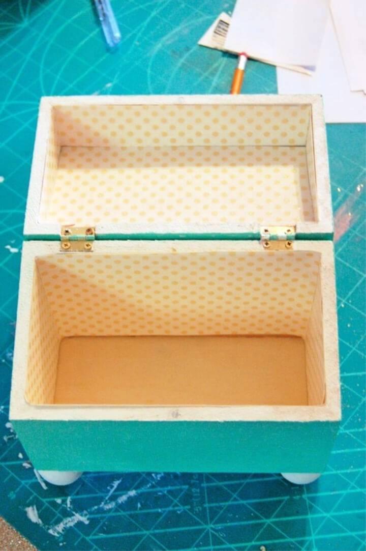 DIY Recipe Box for a Simple Hostess Gift