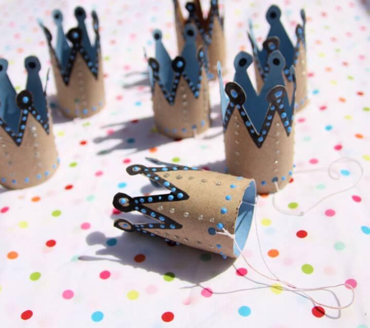 DIY Toilet Paper Roll Birthday Crowns
