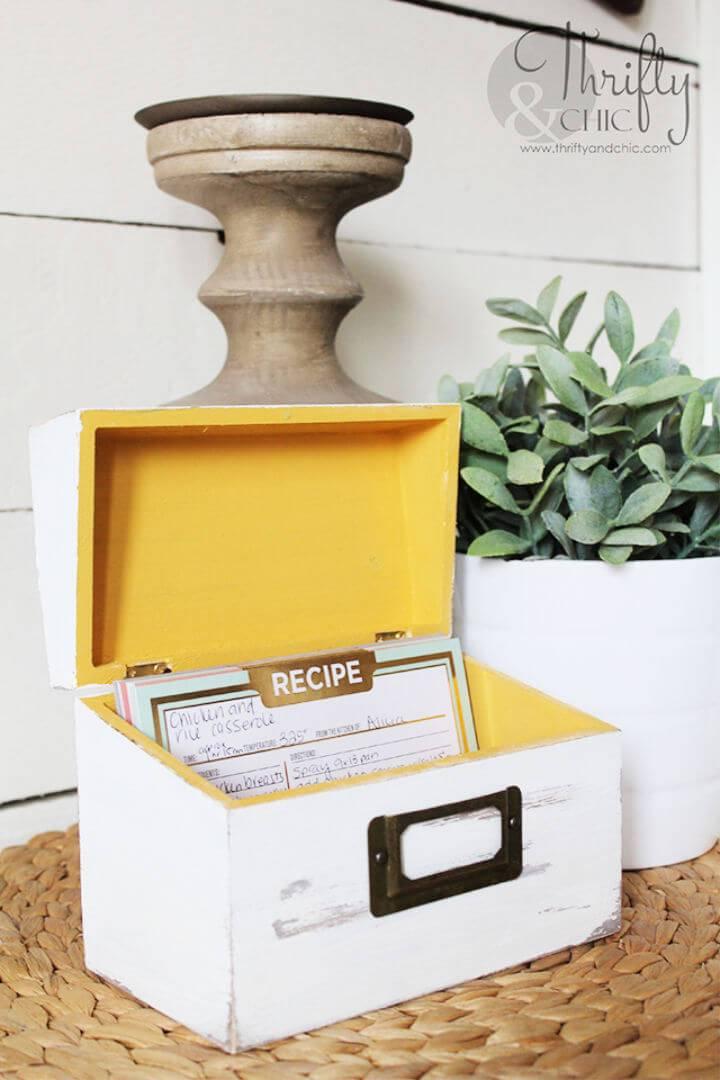 DIY Vintage Recipe Box