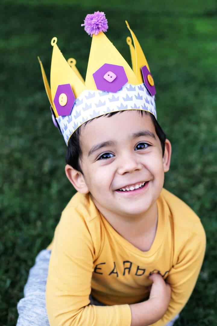 Fun and Easy DIY Paper Crown