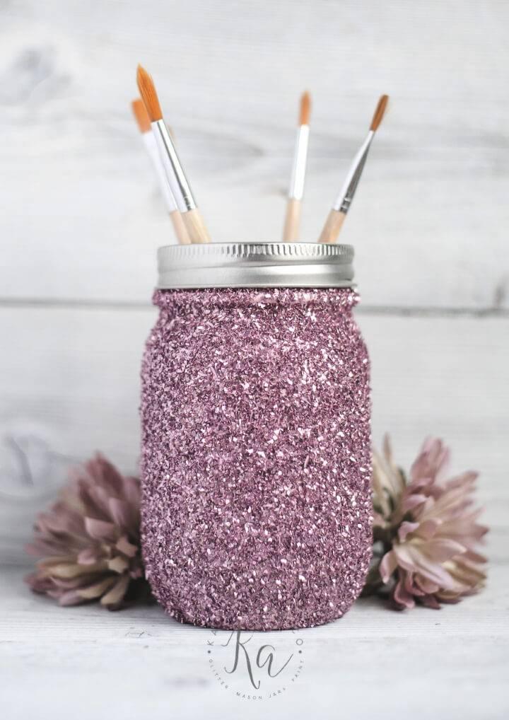 How to Make Glitter Mason Jar