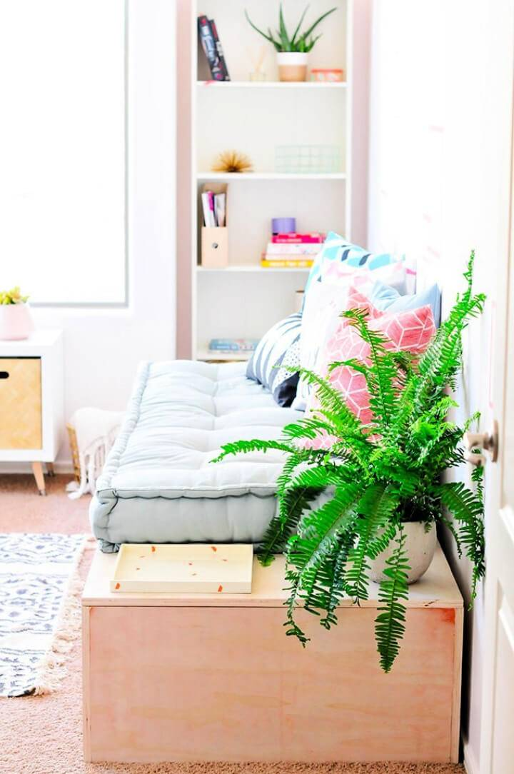 Make Minimalist Daybed With Storage