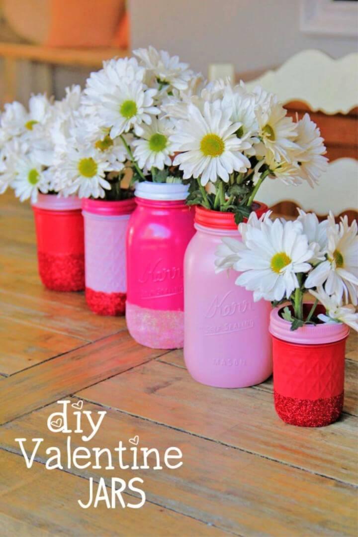 Pretty DIY Glitter Mason Jar Vases
