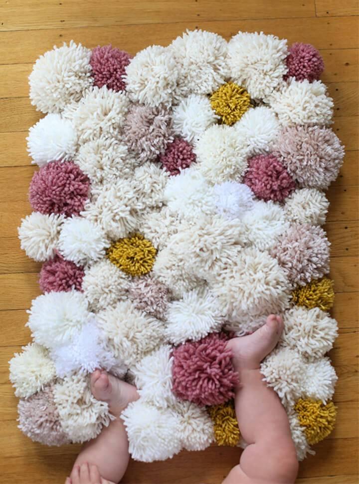 Pretty DIY Pom Pom Rug