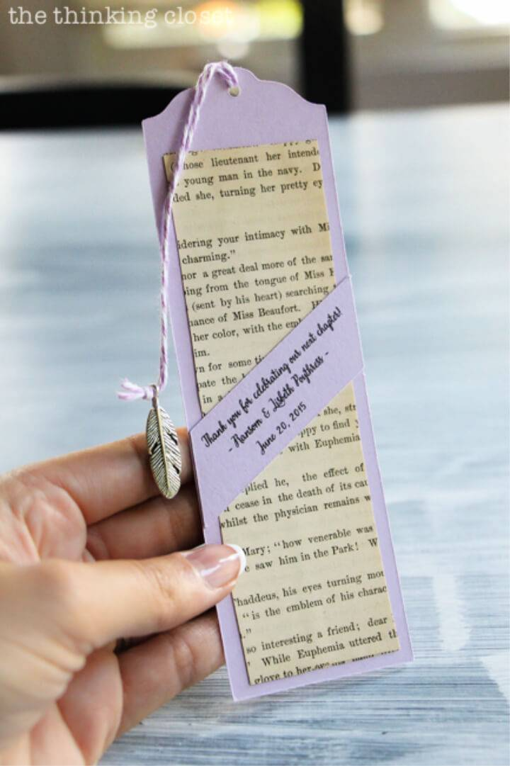 Quick DIY Bookmark Wedding Favors