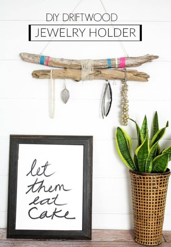 Quick DIY Driftwood Jewelry Holder