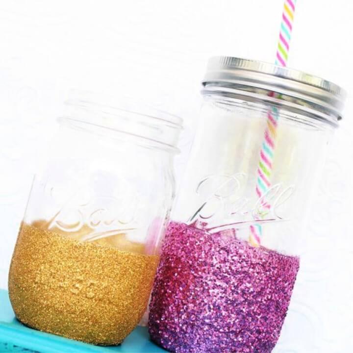 Quick DIY Glitter Mason Jar