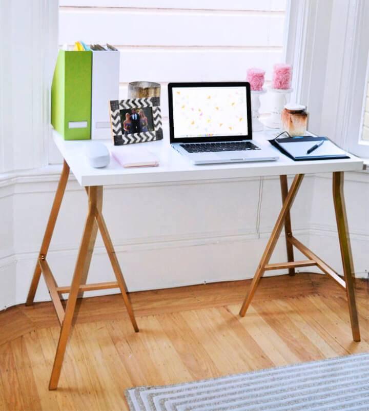 Simple DIY Ikea Hack Desk