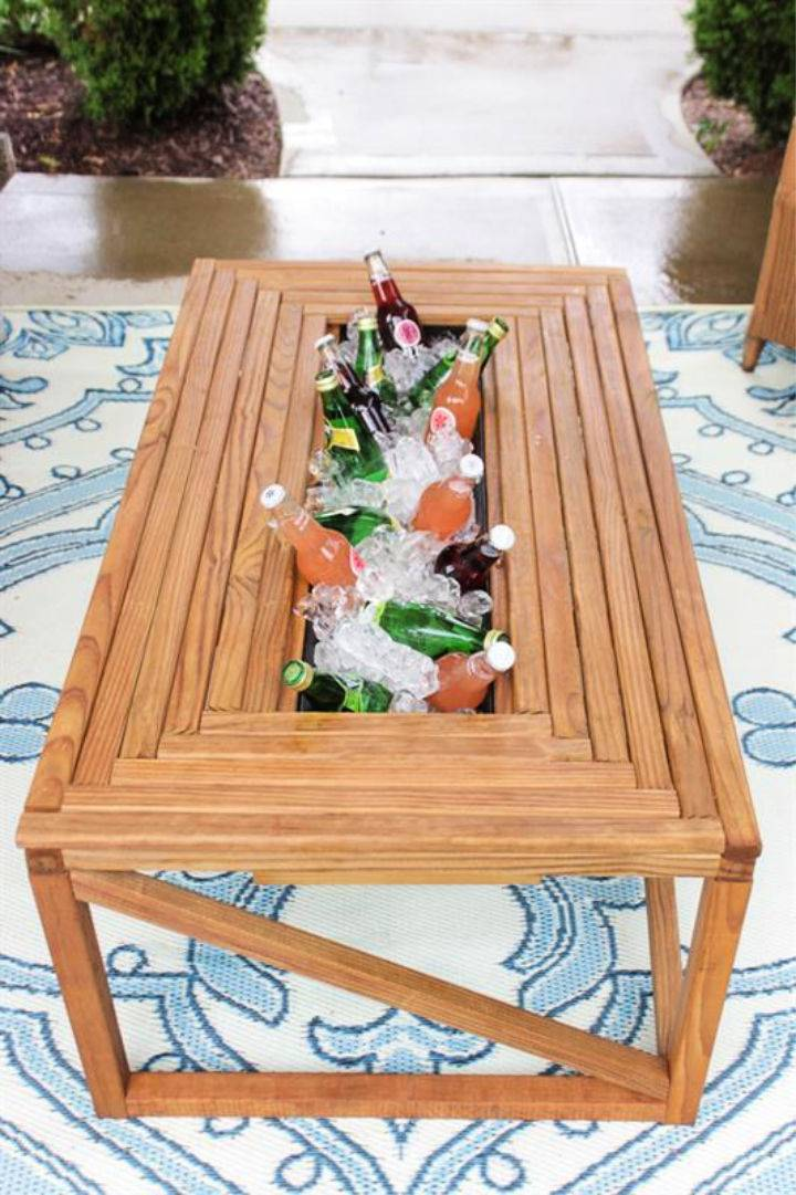 Outdoor Coffee Table with Beverage Cooler